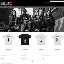 Live Magento store with Grayscale Full-width Free Magento Template - clothing and accessories