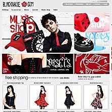 Black N' Rose -  the cutting-edge rock clothing, the punk n' roll attitude, the cyberesque pinup aisthetics.